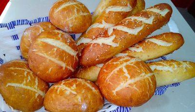 خبز المخبزات مقرمش و محمر و سهل التحضير بالحليب